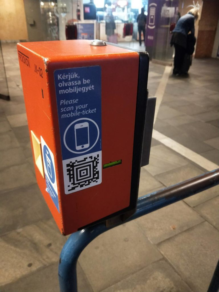 APP購買布達佩斯交通卡及100E車票常見Q&A